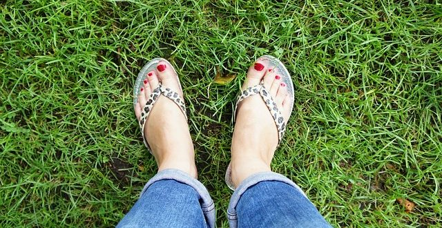 feet-411857_640