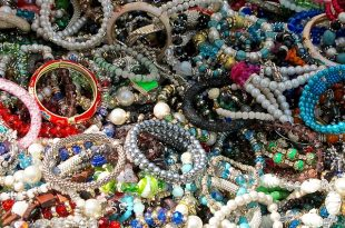 jewelry-1366234_640