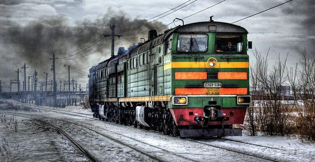 locomotive-60539_640