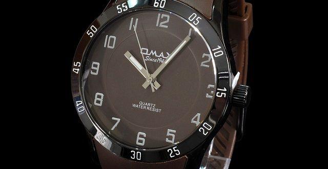 male-watch-144648_640