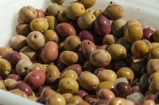olives-1266665_640