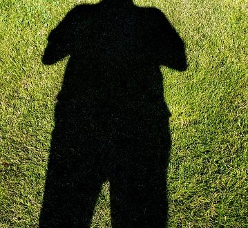 shadows-415331_640